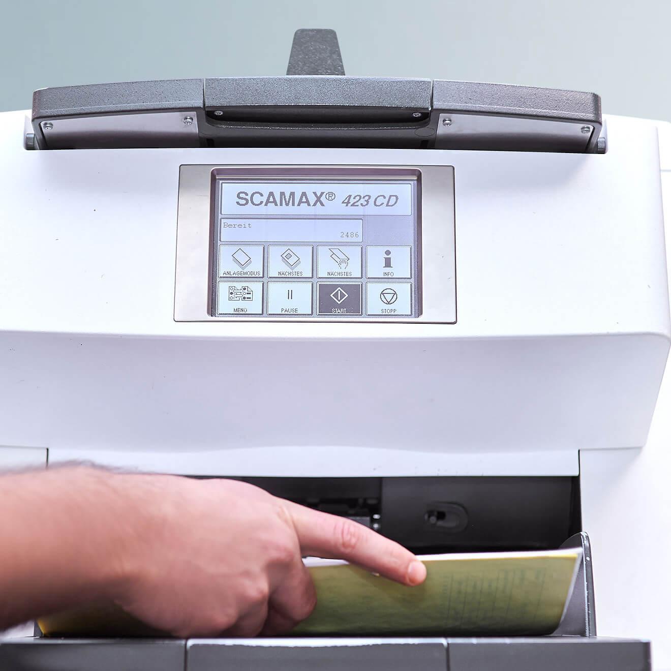 Alte Dokumente und Akten scannen und archivieren. Was kostet das?