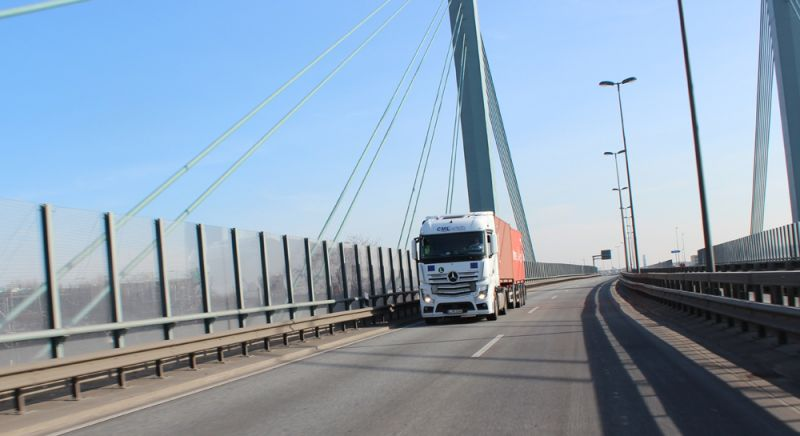 Digitalisierung in der Logistikbranche mit papierlosem Büro