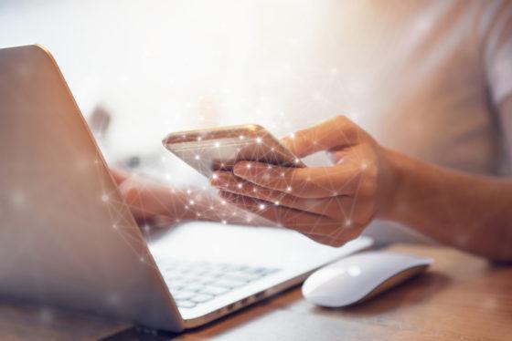 Cloud Computing 560x374 - Digitalisierung - Der Wandel im Büroalltag
